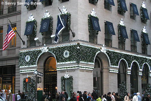 Harry Winston exterior at Christmas