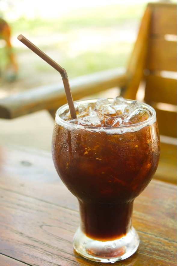 iced-coffee-straw