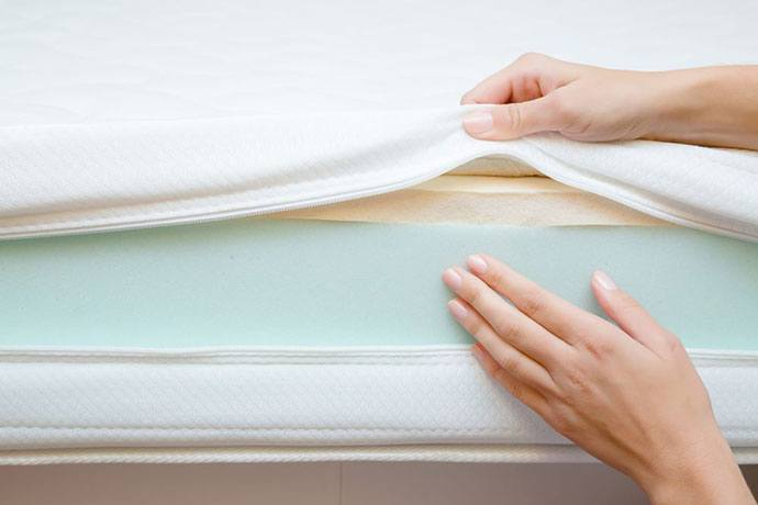 how to store a mattress topper